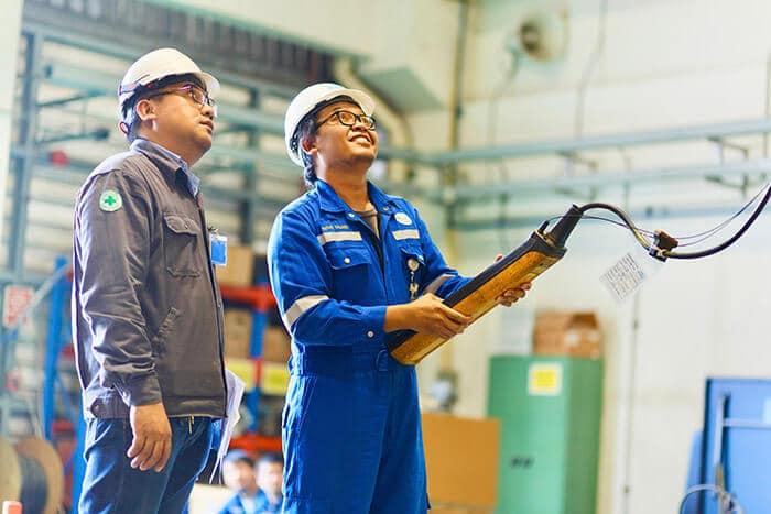 Crane control technique